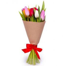 9 тюльпанов в крафт бумаге
