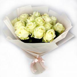 Белые розы 15